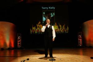 Terry-Kelly-Press-03